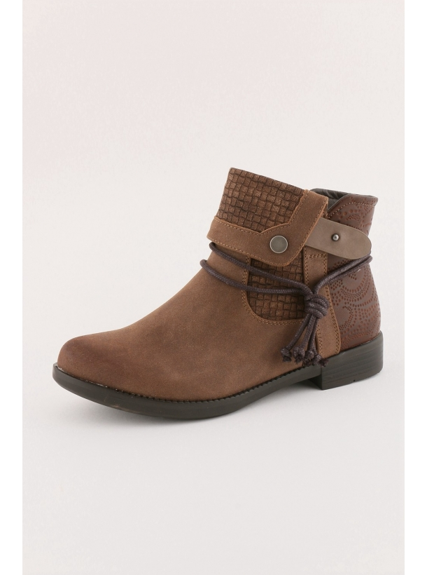 Cowie Boots