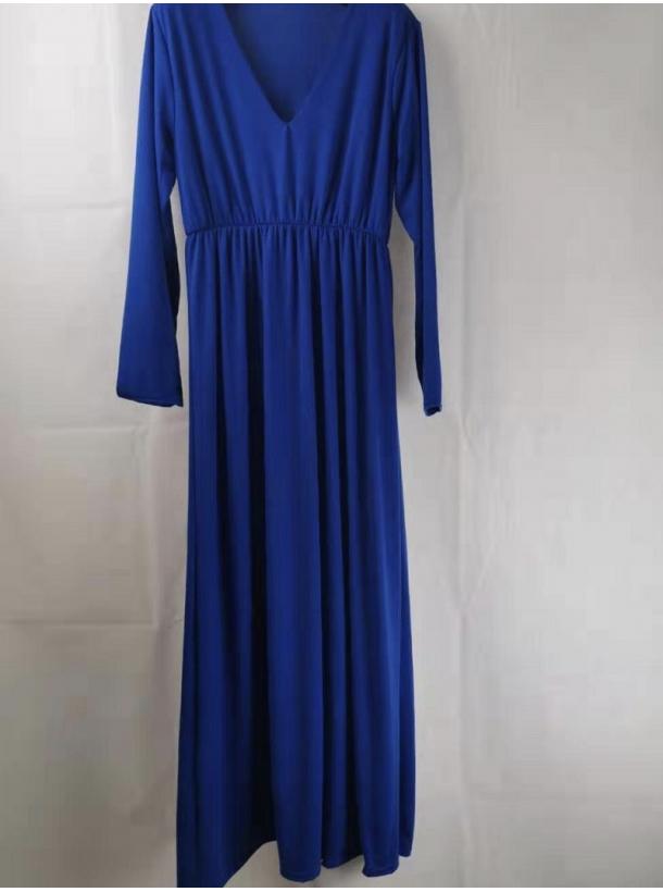 Yrsa kjolen med V-Hals